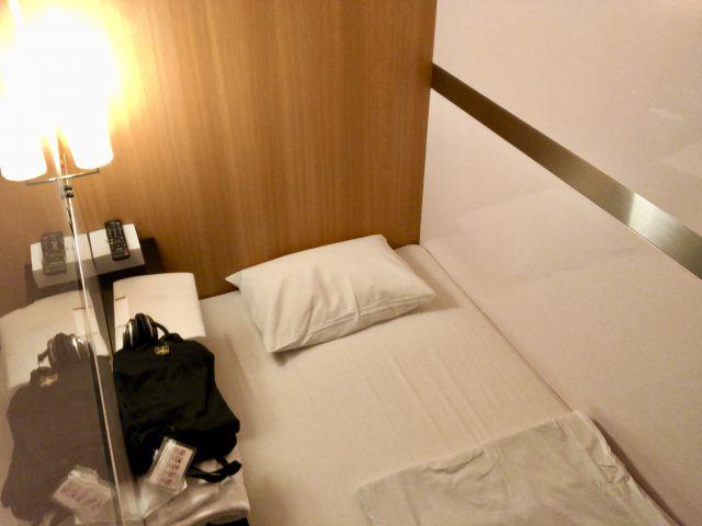 ファーストキャビンのベッド