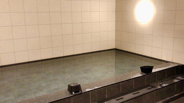 ファーストキャビンの大浴槽