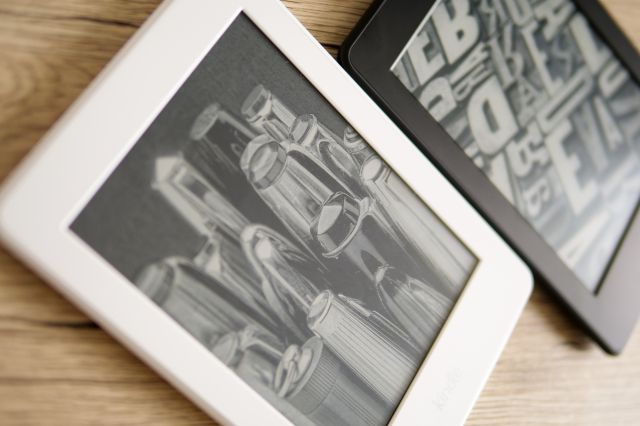 Kindle端末の比較