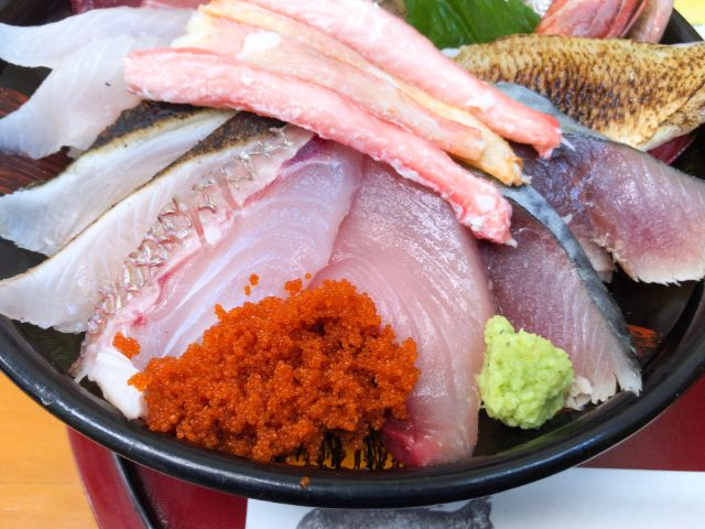 鯛喜の海鮮丼のアップ①