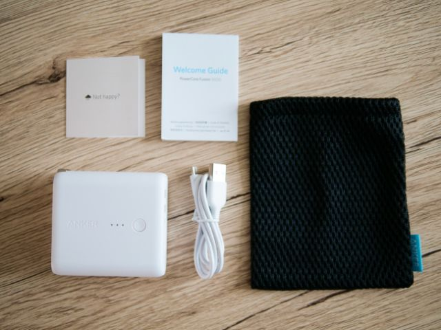 Anker PowerCoreFusion 5000の付属品