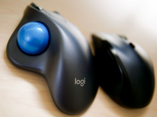 Logicool製マウス