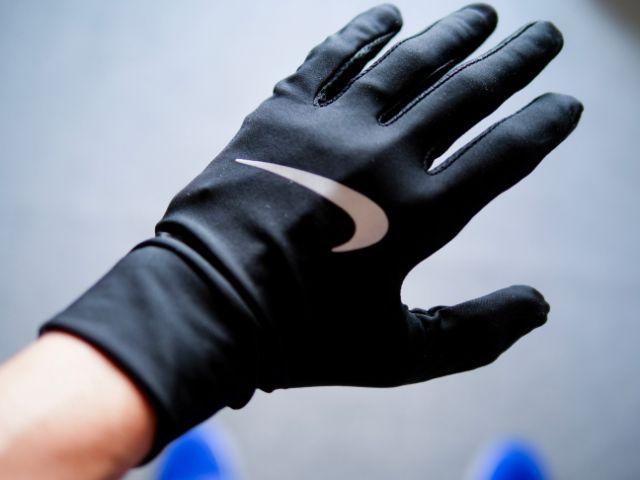 ナイキのランニング手袋