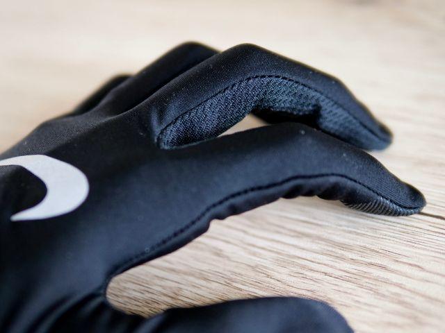 通気性を確保した手袋