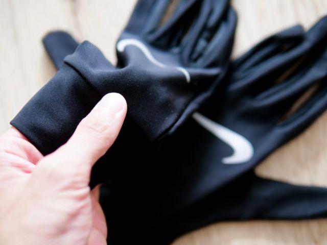 速乾性の良い手袋