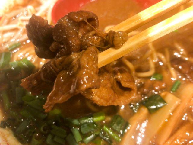 徳島ラーメン東大の肉