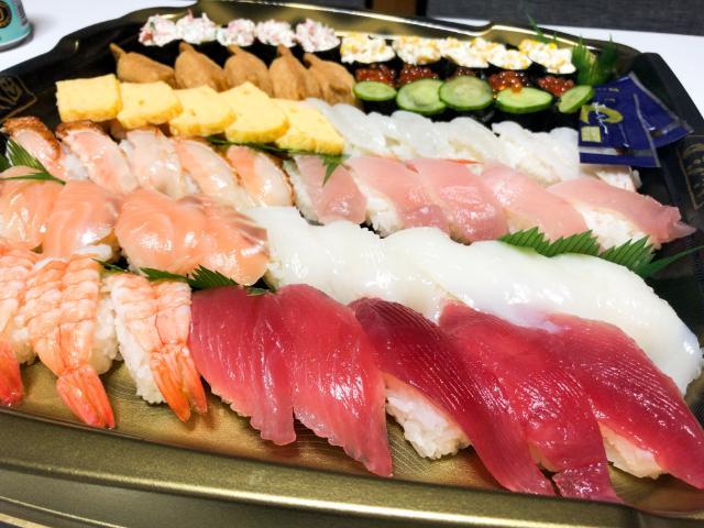 くら寿司の持ち帰りセット
