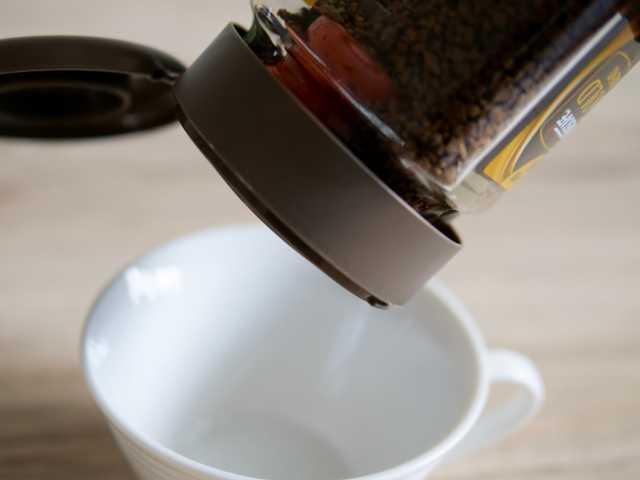 インスタントコーヒーキャップの使い方①