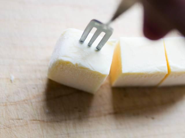 冷凍のリッチチーズケーキ