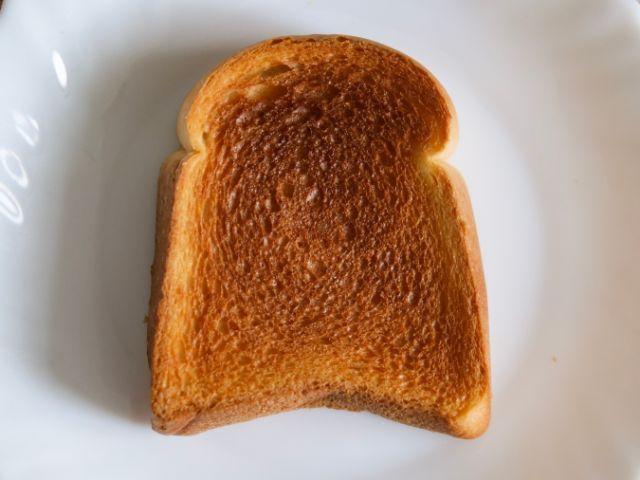 トーストしたビール酵母パン