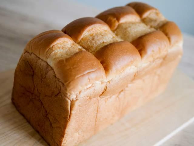 大きい山型食パン