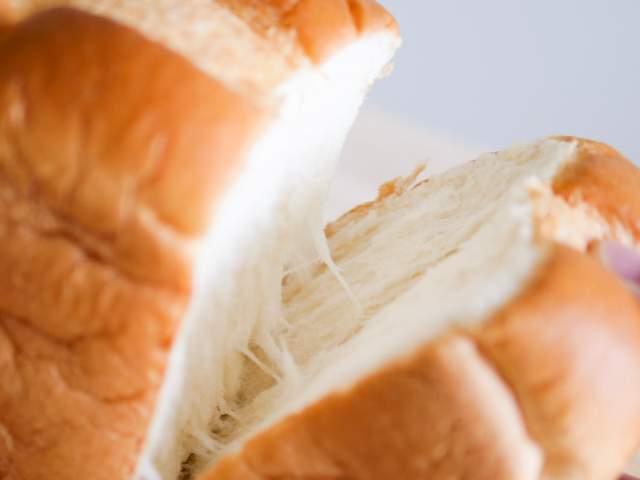割いた食パン