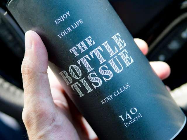 小さめサイズのボトル型ティッシュケース