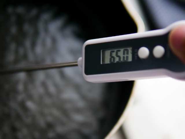 デジタルキッチン温度計で測定した温度