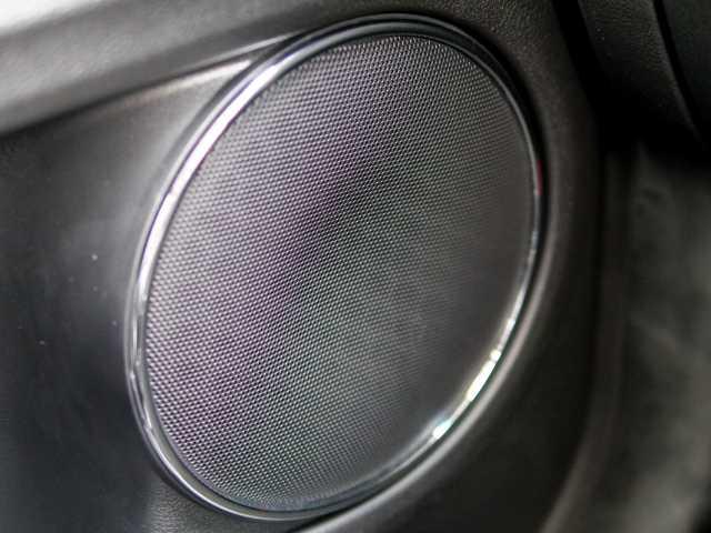 車内スピーカー