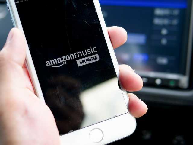 車内でamazon musicを聴く