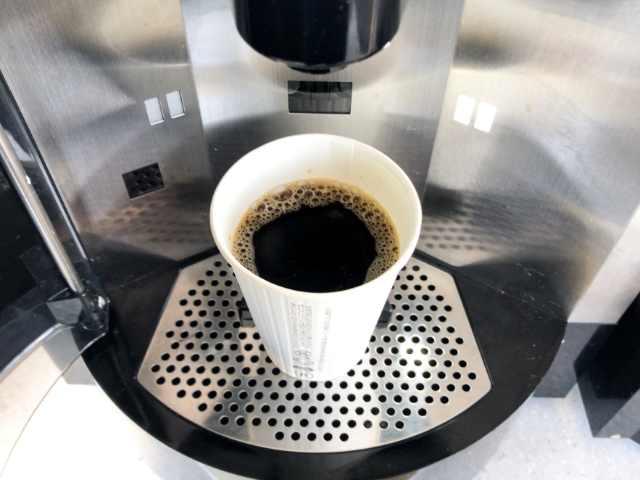 抽出完了したセブンのコーヒー