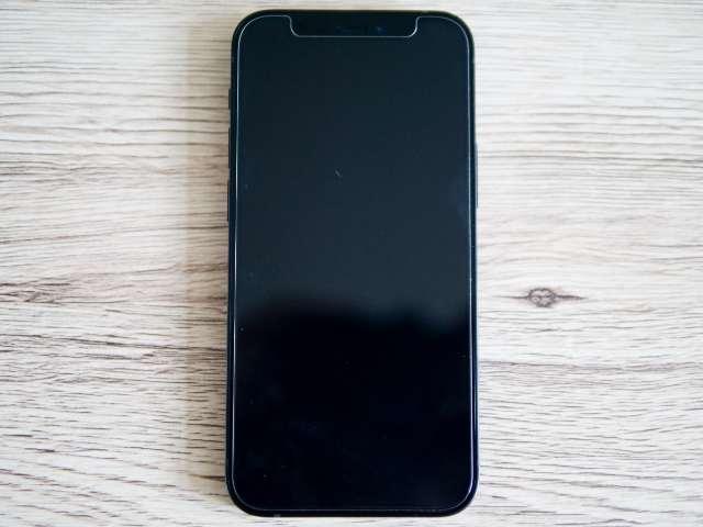 iPhone 12 miniのフルスクリーン