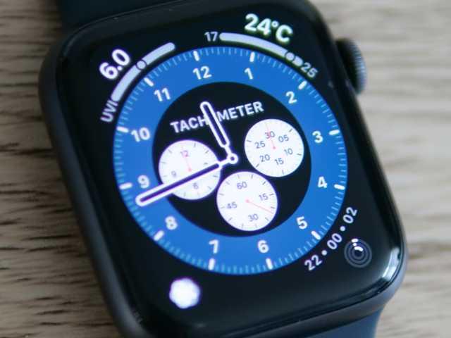 フィルムを貼ったApple Watch SE