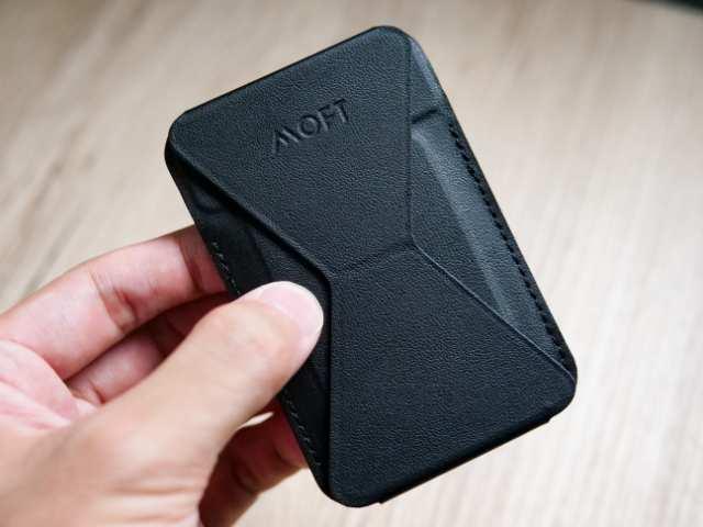 MOFT Snap-On iPhone12シリーズ専用スタンド(MagSafe対応)