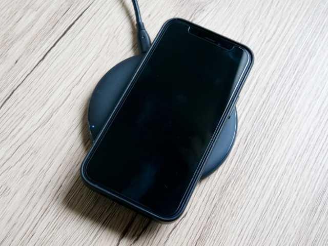 iPhoneを置くだけ充電