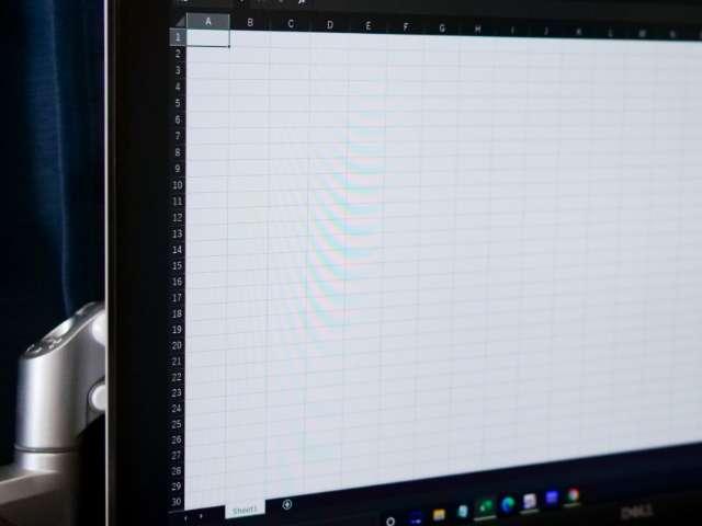 Excel画面(WQHD解像度)